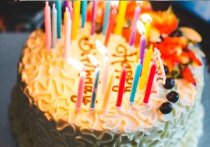 tarta de cumpleaños durante cuarentena